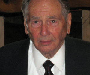 """<span class=""""entry-title-primary"""">LeRoy E. """"Roy"""" Farmer</span> <span class=""""entry-subtitle"""">April 8, 1927 - March 26, 2019</span>"""