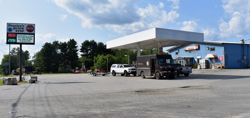 Peaslee's Quick Stop, at 545 Rockland Road in Jefferson. The convenience store and gas station will soon become the newest location of Maritime Farms, according to founder Forest E. Peaslee. (Alexander Violo photo)