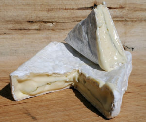 """Lakin's Gorges prize-winning """"Rockweed"""" cheese."""