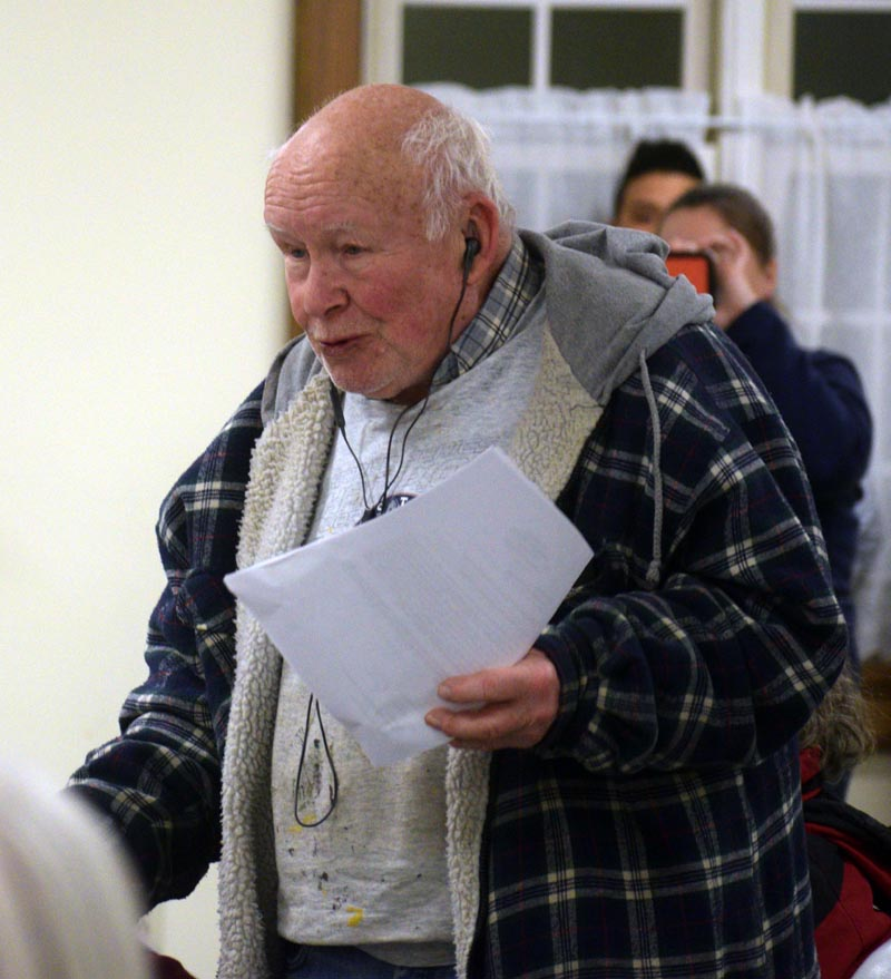Dresden resident Gary Getchell speaks during a special town meeting at Pownalborough Hall on Wednesday, Jan. 15. (Jessica Clifford photo)
