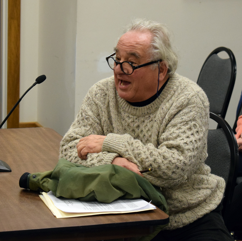 Damariscotta resident Rolf Winkes speaks at a public hearing about a historic preservation ordinance Wednesday, Feb. 5. Winkes and several other residents asked the Damariscotta Board of Selectmen to delay a vote on the ordinance. (Evan Houk photo)
