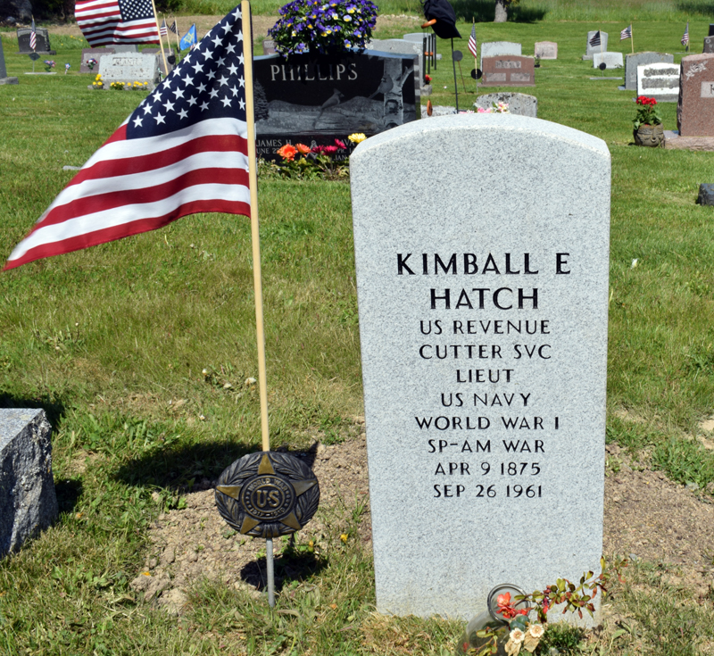 An American flag and a World War I medallion decorate the grave of Lt. Kimball Edward Hatch in Hillside Cemetery, Damariscotta. Local researchers identified Hatch and arranged for a new headstone after learning of his unmarked grave. (Evan Houk photo)