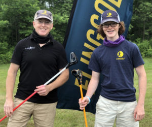 FlingGolf Vice President and General Manager Stevan Bloom and his son, Ari, gave a FlingGolf demonstration at Wawenock Golf Club in July. (Photo courtesy Alison York)