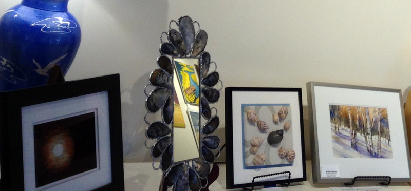 Artwork from Saltwater Artists Gallery is being auctioned to benefit the Seagull Shop.