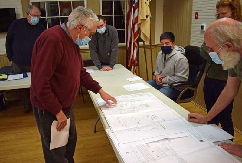 Newcastle-based architect George Parker explains plans to rebuild the Seagull Shop to the Bristol Planning Board on Thursday, Nov. 19. The iconic gift shop and oceanside restaurant at Pemaquid Point burned down Sept. 9. (Evan Houk photo)