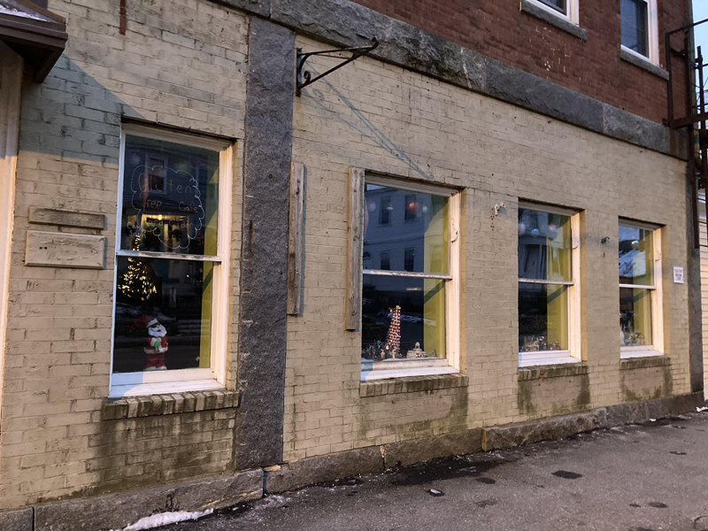 Butter Up Cakes will soon open in a storefront at 133 Main St. in downtown Damariscotta. The space was formerly home to the Two Fish boutique. (Hailey Bryant photo)