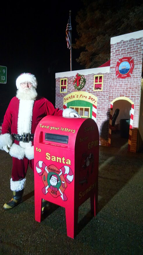 Santa Claus is coming to Waldoboro Sunday, Dec. 20.
