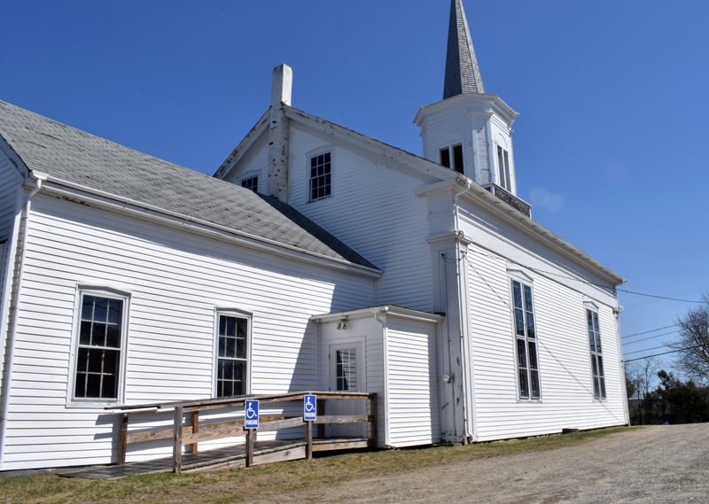 A side view of the Round Pond United Methodist Church on Friday, April 9. Members voted to close the church Tuesday, April 6. (Evan Houk photo)