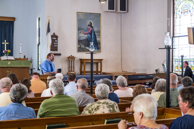 Minister Greg Foster preaches to the congregation at the Waldoboro United Methodist Church during the church's final service on Sunday, June 27. (Bisi Cameron Yee photo)