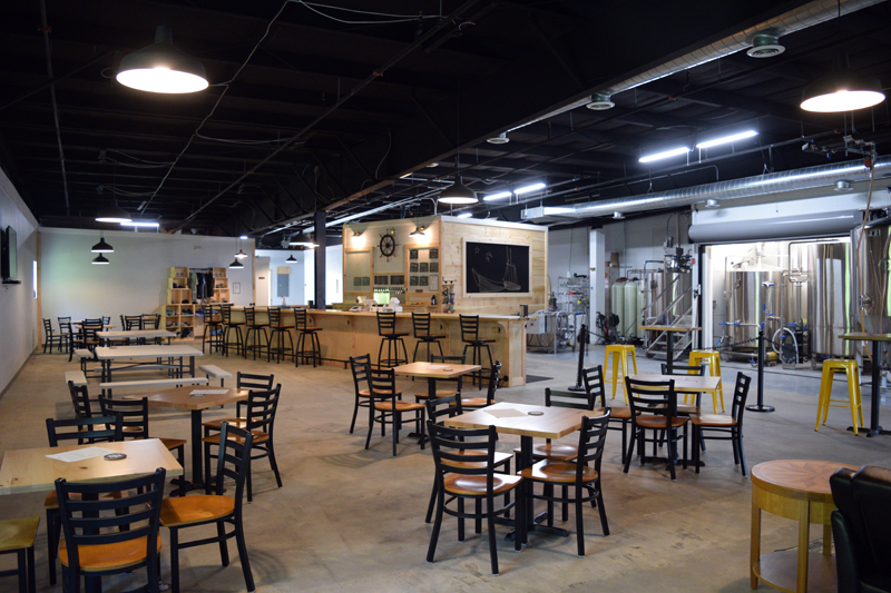 Bath Ale Works' open concept taproom at the Wiscasset Marketplace gives customers a nearly full view of the brewing equipment. (Nate Poole photo)