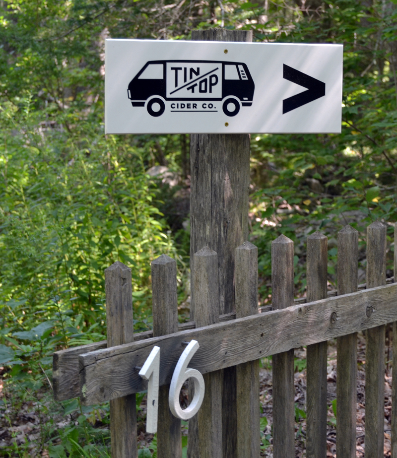 A sign points to Tin Top Cider Co.'s location on South Old Sheepscot Road in Alna. (Maia Zewert photo)